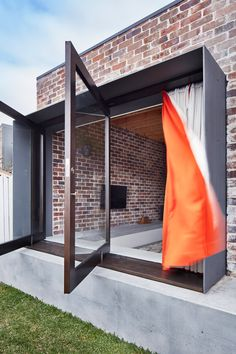 Australian studio Those Architects transforms small Sydney bungalow into spacious courtyard home.