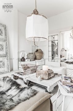 Rustic, urban Scandinavian home decor. Are you looking to buy or sell a home in the beautiful Okanagan Valley … Interior Bohemio, Living Room Designs, Living Spaces, Living Rooms, White Rooms, Scandinavian Home, Home And Deco, White Houses, Interior Inspiration
