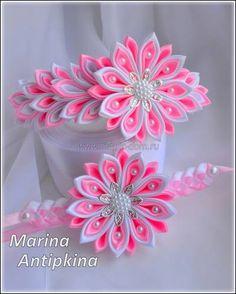 Хвастушки и вопросы по канзаши 4 - Страница 223 - Форум Diy Ribbon Flowers, Cloth Flowers, Kanzashi Flowers, Ribbon Art, Ribbon Crafts, Felt Flowers, Ribbon Bows, Fabric Flowers, Ribbons