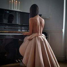💎 Miss Black Barbie's World 💎 Daily Fashion, Look Fashion, Classy Fashion, Dress Fashion, Girl Fashion, Estilo Glamour, Strapless Dress Formal, Formal Dresses, Vogue