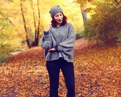Beani COS // Poncho meinfrollein* // flared pants H&M // boots tamaris Der Herbst ist -nicht nur fototechnisch- einfach die schönste Jahreszeit, ist es nicht so? Wenn ich nachmittags mit dem Rad durch die laubbedeckte Promenade Münsters fahre und auch mal einen Blick nach oben zu den gold-gelben Baumkronen werfe, könnte ich nicht zufriedener sein. Die Temperaturen angenehm, der Hals...         Read More