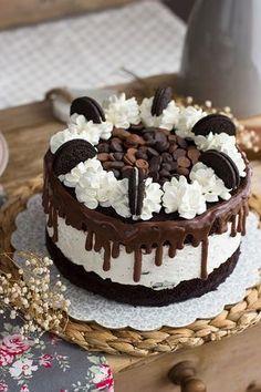 Oreo and Cheesecake Cake