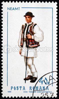 Rumania - circa 1968: un sello impreso en la Rumania muestra hombre de neamt, traje típico regional, circa 1968