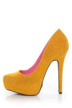 A must have - mustard stilletos :)