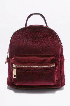 *URBAN OUTFITTERS || Velvet mini backpack | Mini mochila de terciopelo
