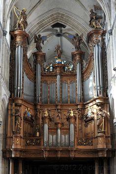 ✅ Grandes orgues de la cathédrale Notre-Dame de Saint-Omer (Pas-de-Calais) http://www.pinterest.com/adisavoiaditrev/