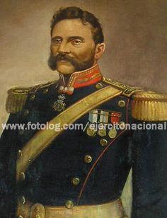 comandante del Regimiento de Granaderos a Caballo en la batalla de Chacabuco, peleó en Cancha Rayada y Maipú.  Después de 1828, fue jefe del Departamento de Marina y en 1852 fue ministro de Guerra y Marina.
