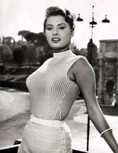 Picture of Sophia Loren Classic Hollywood, Old Hollywood, Hollywood Actresses, Actors & Actresses, Carlo Ponti, Sophia Loren Images, Photo Star, Cinema Tv, Italian Actress