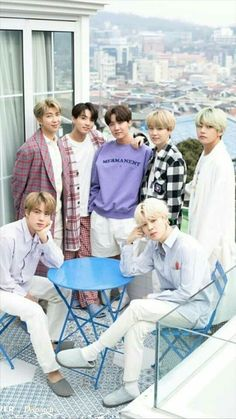 Find images and videos about kpop, bts and jungkook on We Heart It - the app to get lost in what you love. Namjoon, Bts Bangtan Boy, Jhope, Seokjin, Bts Taehyung, Foto Bts, K Pop, Bts Boys, Jung Hoseok