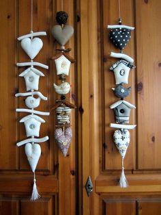 Landhaus Girlande Herz+Haus+Vogel+Natur - Impressionen,Tilda,Vintage,Shabby Xmas Crafts, Felt Crafts, Easter Crafts, Fabric Crafts, Diy And Crafts, Crafts For Kids, Arts And Crafts, Easter Bunny Pictures, Deco Nature