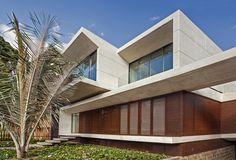 MR House,© Rodrigo Dávila