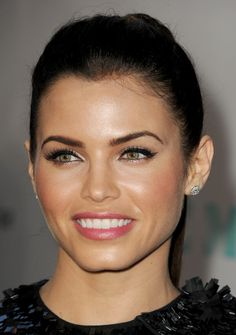 Jenna Dewan-Tatum is so beautiful :) I love her style!