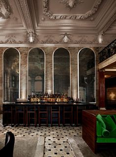 Luxurious London EDITION hotel (old Berners Street Hotel). Ian Schrager design. cool bar
