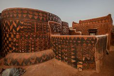 Gurunsi villages are formed by sukhala houses, which are decorated hand painted by the women of the village, Tiebele, Burkina Faso, West Africa