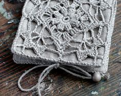 Small Linen Needle Book with Crochet detail от namolio на Etsy