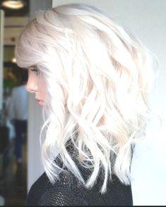 Schlagsahne Blond von Farbe verwenden Behandelt mit Gestylt mit. . . . . . Game Of Thrones Characters, Hair Styles, Fashion, Stricken, Whipped Cream, Colors, Hair Plait Styles, Moda, Fashion Styles