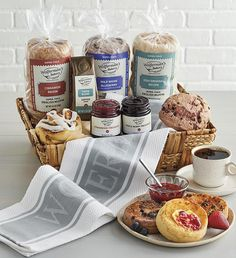 Best Gift Baskets, Gourmet Gift Baskets, Gourmet Gifts, Food Gifts, Unique Gift Basket Ideas, Gift Ideas, Breakfast Basket, Gourmet Breakfast, Gourmet Bakery