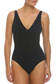 Find a perfect black one-piece swimsuit at Tara Grinna. Shop for exclusive bathing suits and cover ups that flatter all body types! Cruise Collection, Spring Collection, Black One Piece Swimsuit, Swimsuits, Swimwear, Swimsuit Tops, Tankini, Bathing Suits, Fashion Beauty