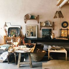 Our little shop in Palma de Mallorca! - VIVECA Antiques Shop