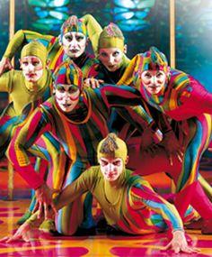 À propos de Saltimbanco | Saltimbanco | Cirque du Soleil