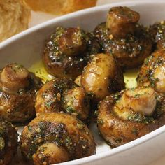 Roasted Garlic Mushrooms  This picture made my mouth water!!!  Beautiful mushrooms!