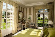 Chateau du Coudreceau Monet Suite - www.cducestates.com #ChateauduCoudreceau #CduCEstates