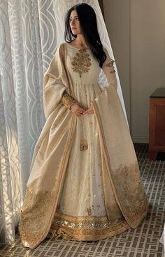 Fashion and Arts - Indian designer outfits - Nikkah Dress, Shadi Dresses, Pakistani Formal Dresses, Indian Gowns Dresses, Pakistani Dress Design, Pakistani Outfits, Pakistani Party Wear, Desi Wedding Dresses, Indian Wedding Outfits