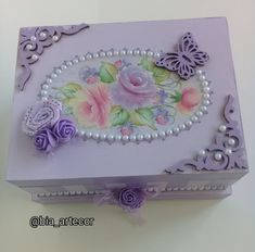 Decoupage Tutorial, Decoupage Box, Jewellery Boxes, Jewelry Box, Mini Albums, Rustic Wedding, Alice, Scrap, Arts And Crafts