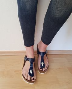 Birkenstocks, Sandals, Cool Stuff, How To Wear, Shoes, Fashion, Moda, Shoes Sandals, Zapatos