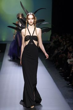 Jean Paul Gaultier Spring 2010 Couture Fashion Show - Alana Zimmer (Elite)