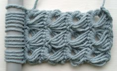 Crochet ˜broomstick lace
