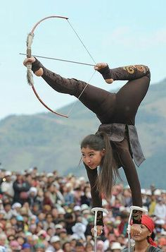 Arte Filipino, Traditional Archery, Dynamic Poses, Action Poses, People Of The World, Pose Reference, Anatomy Reference, Drawing Reference, Martial Arts