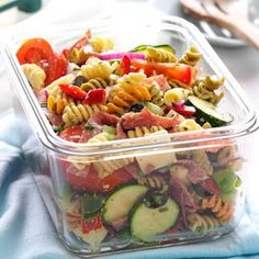 Pasta provides a base for this tongue-tingling make-ahead salad. It has lots of fresh and satisfying ingredients topped with a flavorful dressing. This pasta salad is terrific to serve to company or take to a potluck. Potluck Recipes, Summer Recipes, Pasta Recipes, Salad Recipes, Cooking Recipes, Healthy Recipes, Recipe Pasta, Picnic Recipes, Picnic Ideas