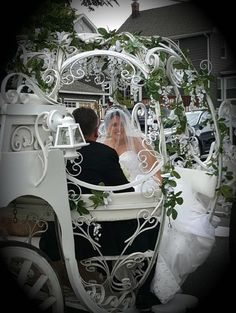 Wedding in Wood Ridge New Jersey with one of our Cinderella Carriages.