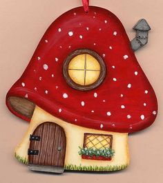 Mushroom House Painted for an exchange. Clay Crafts, Felt Crafts, Diy And Crafts, Crafts For Kids, Arts And Crafts, Paper Crafts, Mushroom House, Mushroom Art, Felt Mushroom