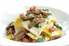 Quasi una lasagna, con ciauscolo, porcini, asparagi e fonduta di pecorino romano