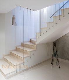Staircase Lighting Ideas, Staircase Railing Design, Modern Stair Railing, Staircase Storage, Staircase Makeover, Floating Staircase, Modern Stairs, Indoor Railing, Balustrades