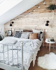 Ascension of Christ? With us is thanks to the holiday first Emma's bed ride on . - Home Decor Elegant Home Decor, Elegant Homes, Decor Interior Design, Interior Decorating, Living Room Decor, Bedroom Decor, Budget Home Decorating, Room Goals, Bedroom Inspo