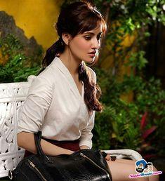 Bollywood Actress Hot Photos, Bollywood Girls, Beautiful Bollywood Actress, Most Beautiful Indian Actress, Bollywood Celebrities, Cute Beauty, Beauty Full Girl, Hot Actresses, Indian Actresses