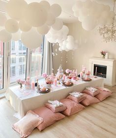 Birthday Sleepover Ideas, Birthday Brunch, Pink Birthday, Birthday Party Decorations, Birthday Party Tables, Party Themes, Sweet 16 Sleepover, Bachelorette Slumber Parties, Bachelorette Party Planning