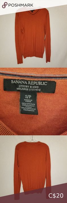 Burnt orange Banana Republic light weight sweater V-neck light weight sweater in orange with brown undertones, so it's not to vibrant. Great fall look. Banana Republic Sweaters V-Neck Mustard Sweater, Yellow Sweater, Banana Republic, Tan Shirt, Cashmere Jumper, Guess Dress, Plus Fashion, Fashion Tips, Fashion Trends