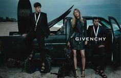 Жизель Бундхен и Мариякарла Босконо в рекламе Givenchy