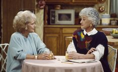 "When she ""gently"" tells Rose what's best for her - 22 Times Dorothy Shut Down Rose and Blanche on The Golden Girls - Southernliving. Dorothy to Rose: ""Go to sleep sweetheart, pray for brains. The Golden Girls, Dorothy Golden Girls, Golden Girls House, Golden Girls Quotes, Girl Quotes, Golden Girls Funny, Dorothy Rose, Girl Day, My Girl"