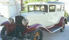 1932+Devaux | 1930 Durant 63 , 43k and 23k rear view of 4-door sedan (6 cyl.)