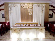 Источник интернет Wedding Car Decorations, Balloon Decorations, Ideas Aniversario, Backdrop Design, Walima, Paper Flower Backdrop, 50th Wedding Anniversary, Wedding With Kids, Sweetheart Table