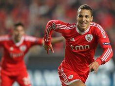 Arsenal to battle Zenit St Petersburg for Benfica star