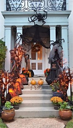 Awesome 35 Adorable Scary Halloween Porch Ideas To Try Today. #