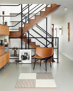 Elle Decor, Mid-century Interior, Interior Design, Interior Ideas, Barbican, Contemporary Interior, Decoration, Interior Inspiration, Home Remodeling
