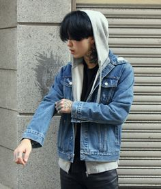 korean boy in tattoo  ✿