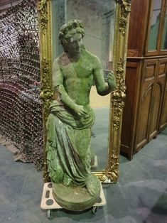 Elegant statue with Roman imaginary from ideal for in your garden. Discover more beautiful items from Christophe Prouveur's collection, a professional Belgian antique dealer, on Transferantique. Statues, Roman, Elegant, Antiques, Garden, Beautiful, Collection, Things To Sell, Art